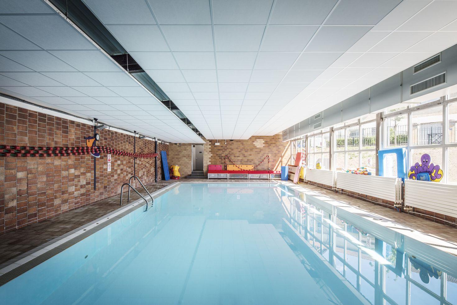 charmant Centre sportif Paul Vaillant-Couturier à Nanterre, 92. Galerie du0027images. u2022  · u2022 · u2022 · u2022 · u2022 · u2022 · u2022 · u2022 · u2022 · u2022 ...